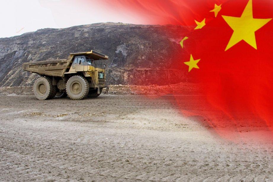 La Chine investit massivement dans les entreprises pétrolières... (Photomontage La Presse)
