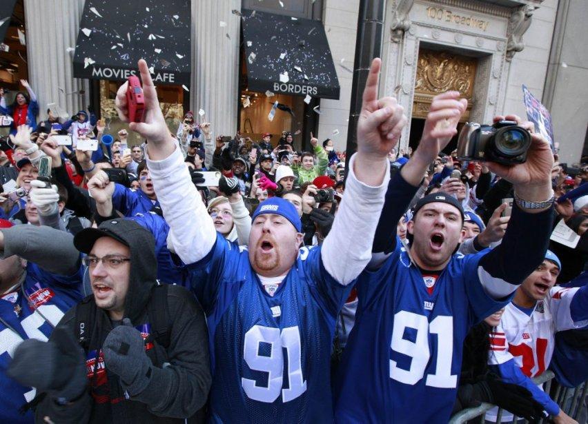 Les joueurs des Giants ont été acclamés par des milliers de partisans habillés aux couleurs de leurs favoris. | 7 février 2012