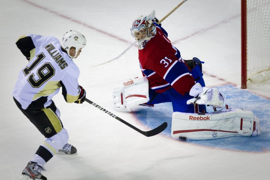 Carey Price réussit l'arrêt gagnant contre Jason Williams en tirs de barrage. (Photo : André Pichette, La Presse)