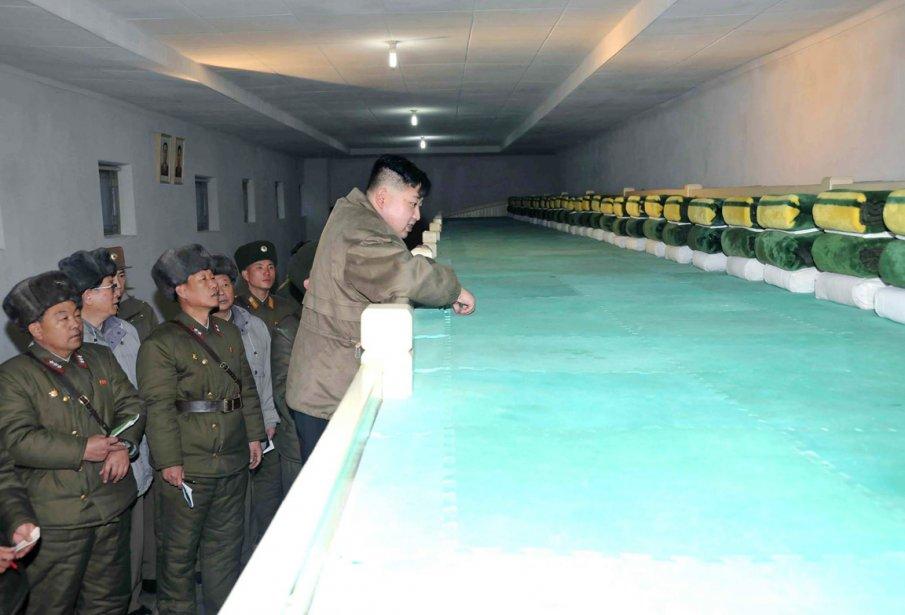 Le dortoir de l'Unité 169 est minutieusement inspectée par Kim Jong-un. | 9 février 2012