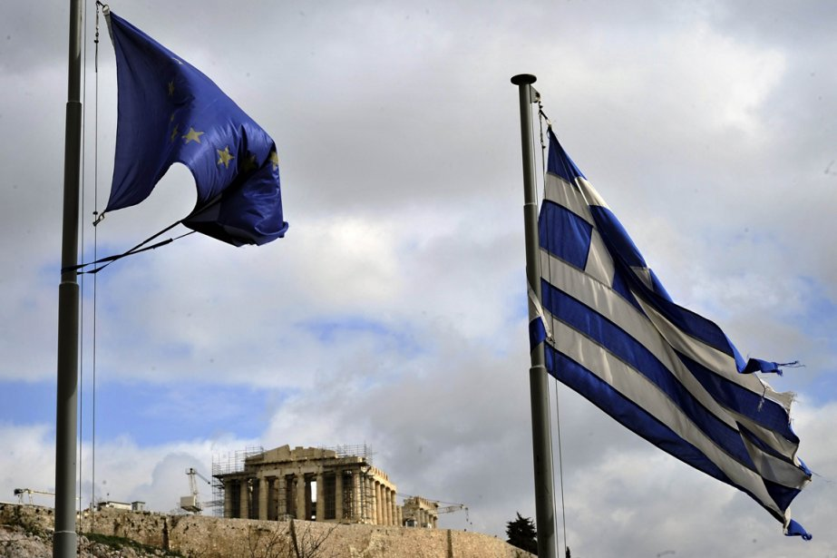 La Grèce a annoncé mardi qu'elle envisageait de se défausser sur... (Photo AFP)