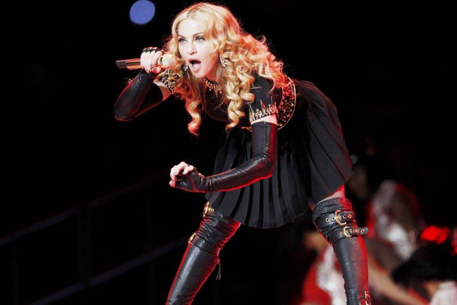 Madonna en prestation durant le spectacle de la... (Photo: Mike Segar, Reuters)