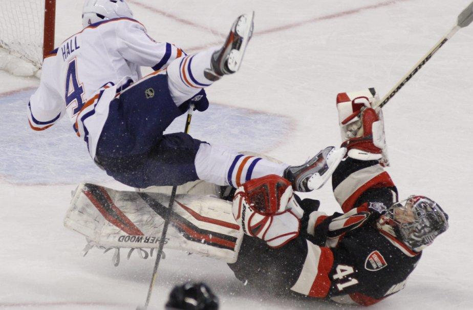Le joueur des Oilers d'Edmonton, Taylor Hall, a... (Photo: Fred Chartrand, PC)