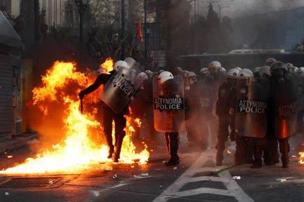 Les premiers incidents ont démarré lorsqu'un groupe de... (Photo: Reuters)