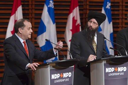 Brian Topp et le candidat Martin Singh, dimanche,... (Photo: PC)