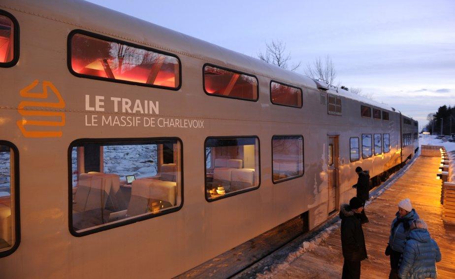 Retour du train vers les chutes Montmorency.... | 2012-02-14 00:00:00.000
