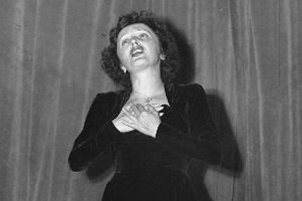 Édith Piaf en 1949.... (Archives AP)