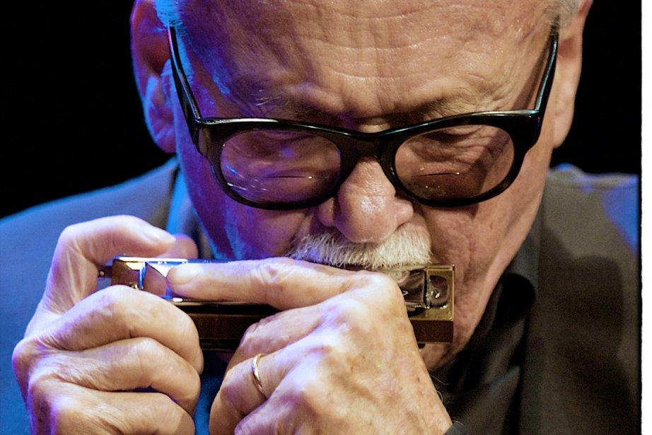 L'harmoniciste Toots Thielemans fêtera ses 90 ans le... (Photo fournie par Montréal en lumière)