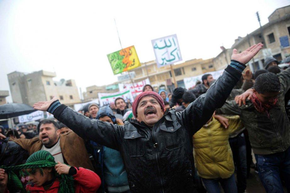 «Nous ne cèderons pas face aux chars et... (Photo: Bulent Kilic, AFP)
