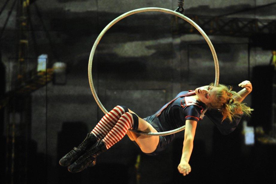 Le spectacle iD du cirque Eloize.... (Photo Bernard Brault, archives La Presse)