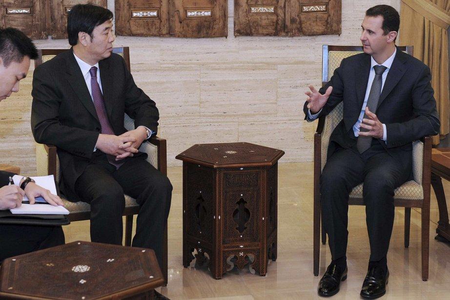 Bachar al-Assad et le vice-ministre chinois des Affaires... (Photo Associated Press)