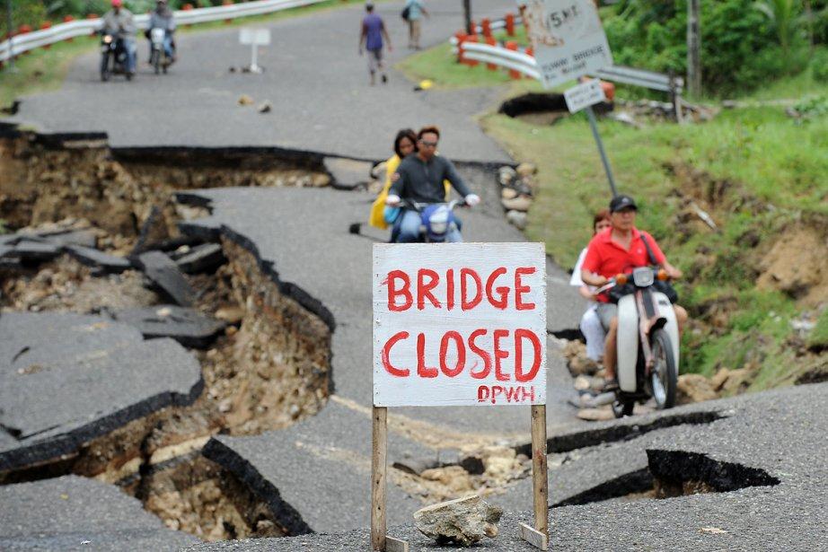 La secousse de magnitude 6,7 a détruit des... (Photo: AFP)