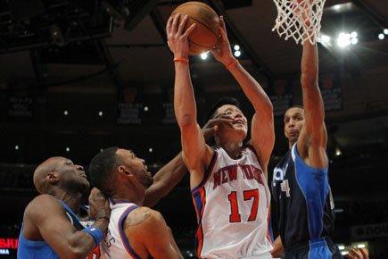 Les Knicks de New York ont dominé dimanche dans leur salle... (Photo: Reuters)