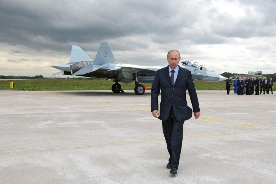 «Nous devons bâtir une nouvelle armée. Moderne, capable... (Photo: Alexei Druzhinin, Archives RIA Novosti/AP)