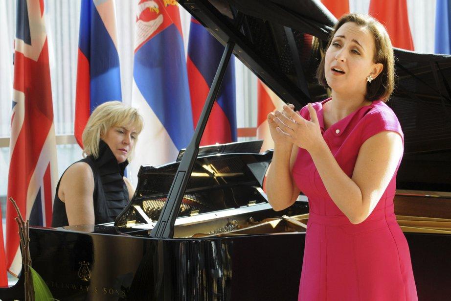 Marianne Fiset, avec Louise-Andrée Baril au piano, dans... (Photo: Gunther Gamper, fournie par le CMIM)