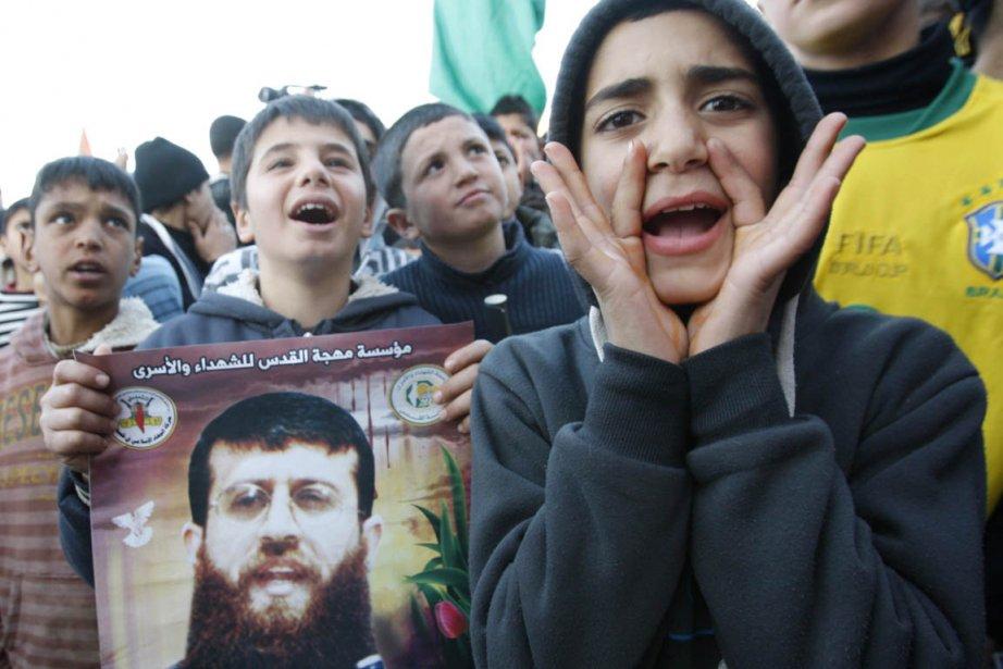 Une manifestation de soutien pour Khader Adnane se... (Photo: Abed Omar Qusini, Reuters)