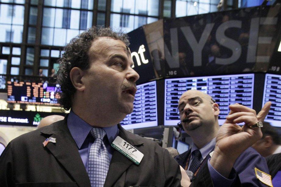 La Bourse de Toronto a clôturé la séance de mardi en baisse, tirée... (Photo AP)