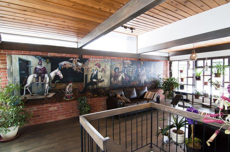 Un diptyque d'un artiste nomme Renaud Hebert anime le boudoir aménagé à côté de la cuisine. | 24 février 2012