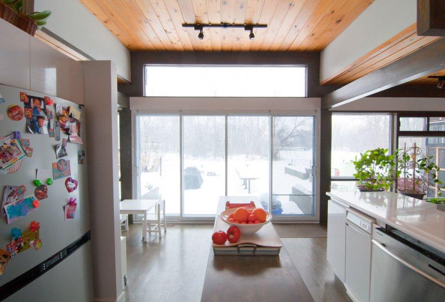 un plain pied exotique sainte rose val rie v zina. Black Bedroom Furniture Sets. Home Design Ideas