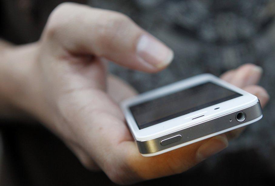 Vidéotron n'entend pas offrir l'iPhone à sa clientèle dans un... (Photo AFP)