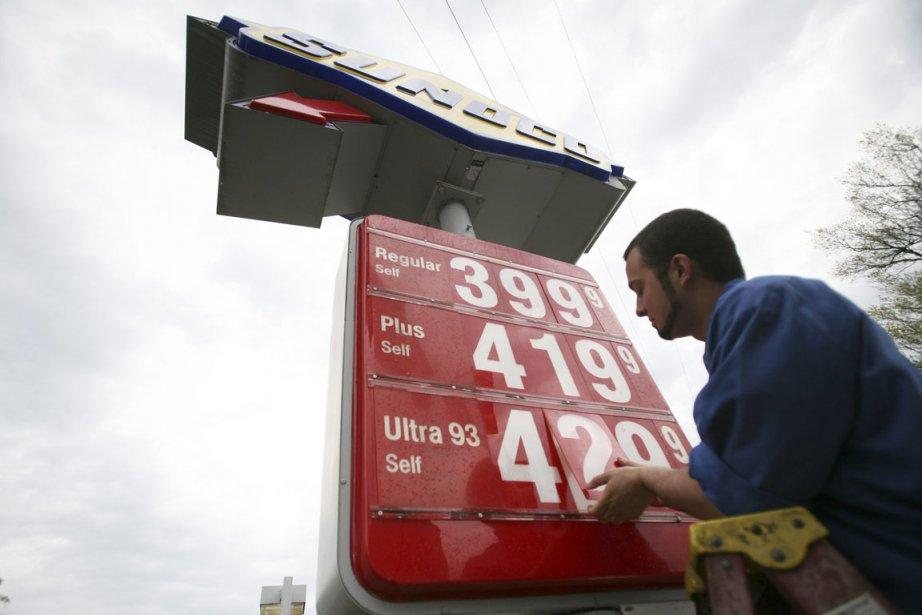 L'inflation a ralenti à 2,4% sur un an en janvier, selon... (Photo Reuters)