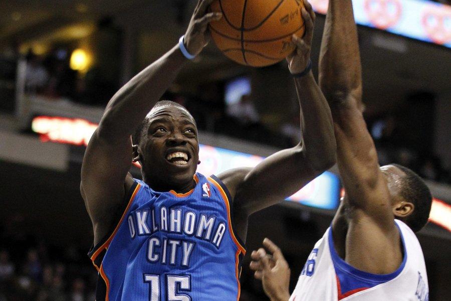 Reggie Jackson, du Thunder d'Oklahoma City, fonce au... (Photo: AP)