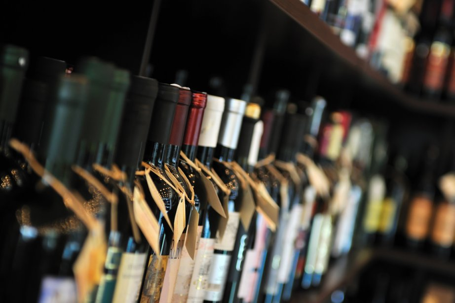 Les ventes de boissons alcoolisées ont augmenté de 2% au... (Photos d'archives)