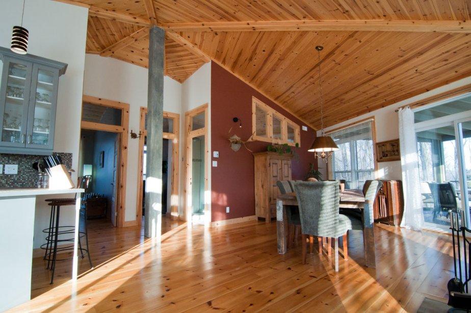 Le premier hexagone abrite deux chambres et une salle de bains en plus des deux pièces principales. | 2 mars 2012