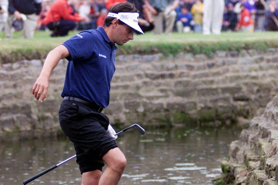 Le golfeur français Jean Van de Velde a... (Photo: AP)