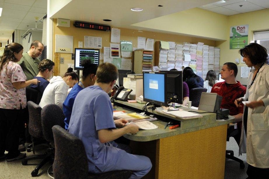 Dans la salle des urgences de l'hôpital Maisonneuve-Rosemont.... (Photo: Bernard Brault, La Presse)