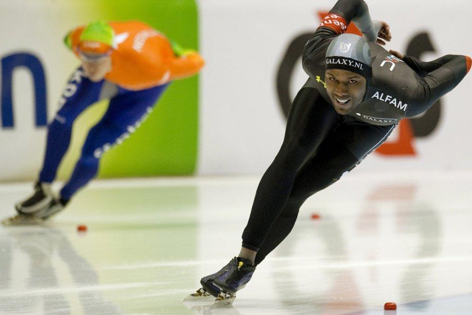Shani Davis... (Photo Reuters)