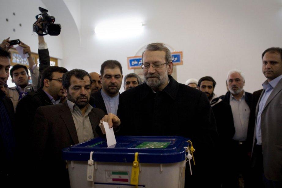 Le président du Parlement sortant Ali Larijani, l'un... (Photo AFP)