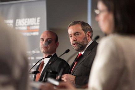 Thomas Mulcair (au centre) a été la cible... (Photo: Hugo-Sébastien Aubert, La Presse)