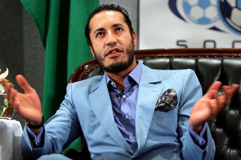 Riadh Ben Aïssa, congédié le mois dernier par... (Photo: Reuters)