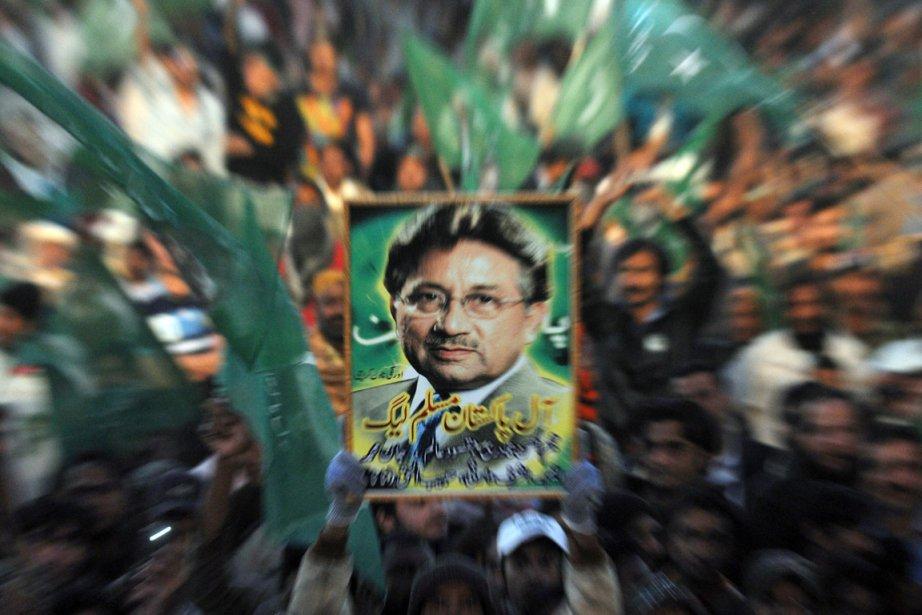 L'ancien président, qui vit actuellement en exil entre... (Photo: Rizwan Tabassum, Archives AFP)