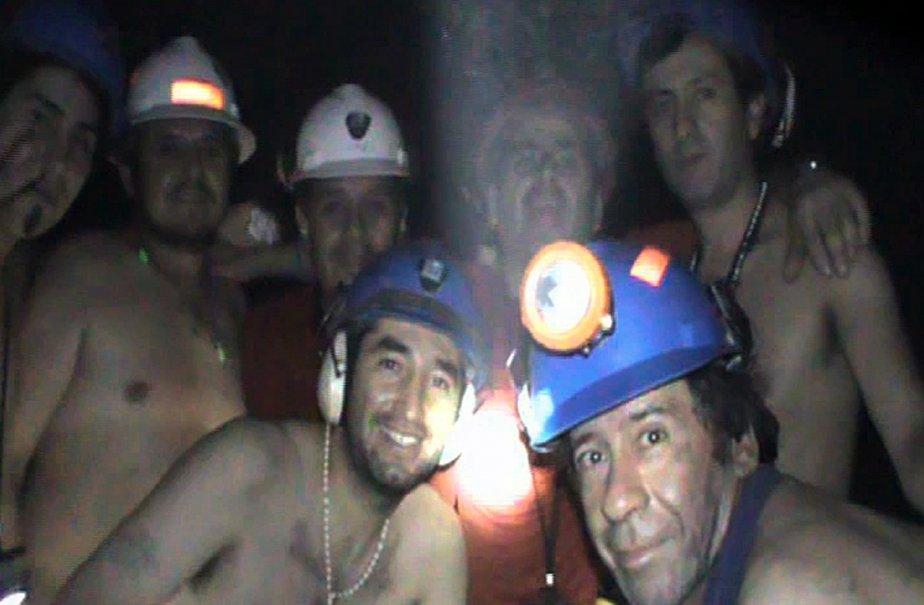 Une photo prise de la mine chilienne où... (Photo: AFP (Archives))