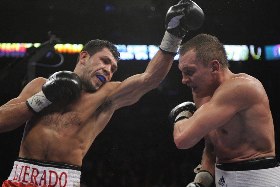 Librado Andrade (gauche) compte livrer  un combat... (Photo : Bernard Brault, archives La Presse)