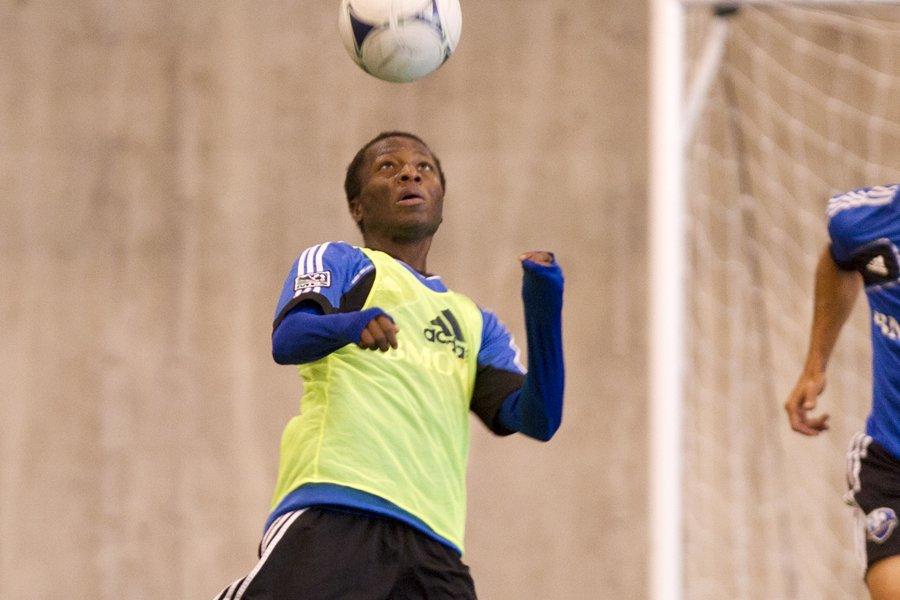 Sanna Nyassi se sent plus à l'aise en... (Photo: Robert Skinner, La Presse)