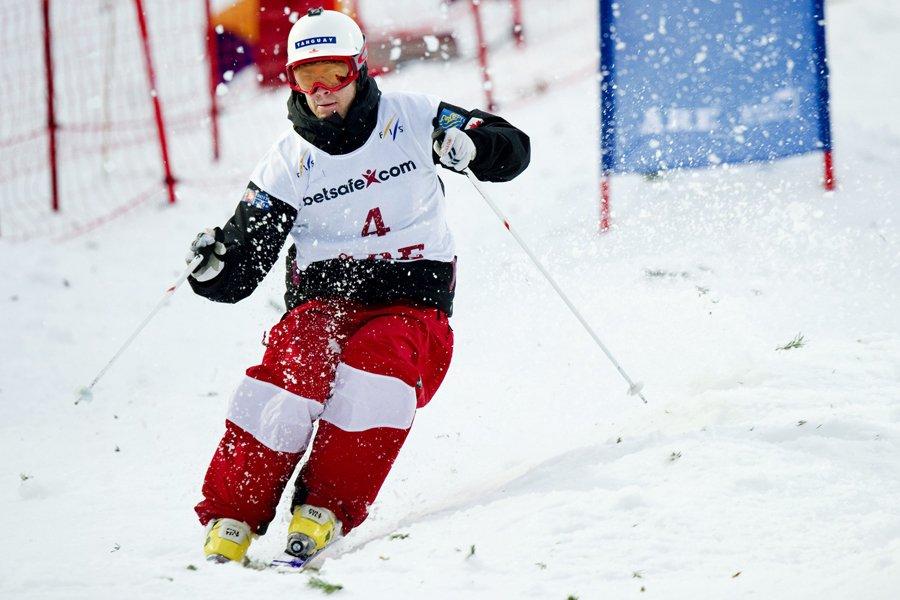 Philippe Marquis a remporté l'épreuve des bosses d'Äre,... (Photo: Reuters)