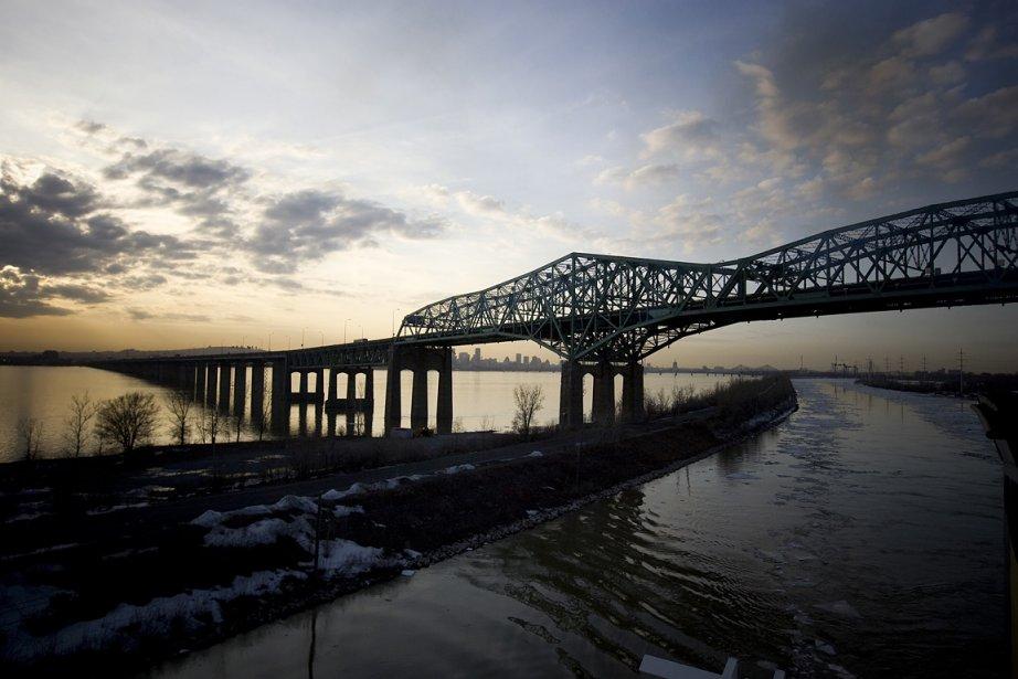Il y a un an, on a appris dans La Presse que le pont Champlain est...