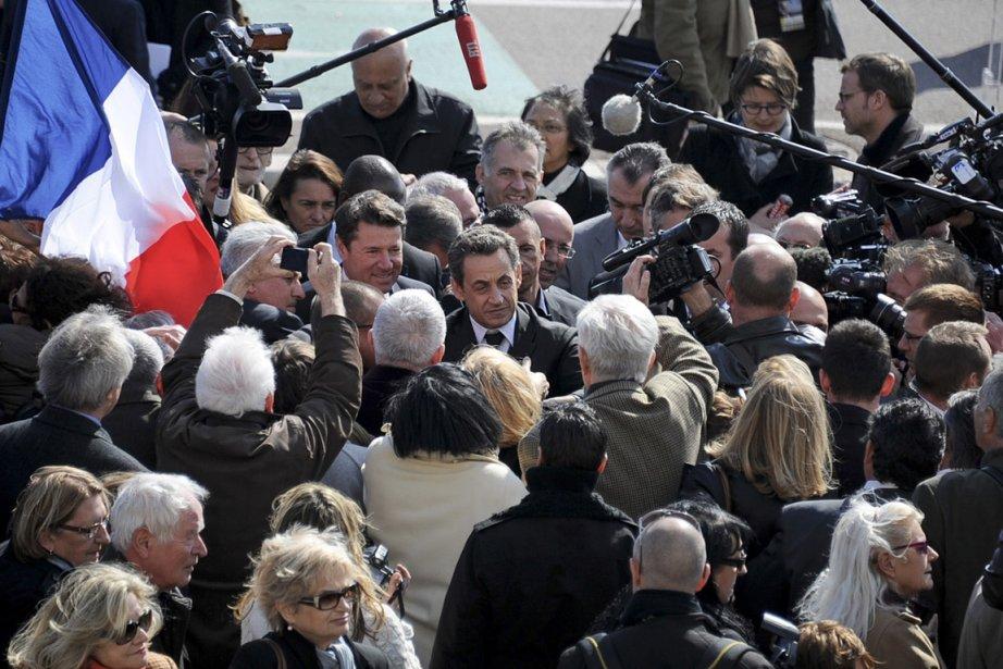 Le candidat Nicolas Sarkozy lors d'un déplacement à... (Photo Olivier Anrigo, Reuters)