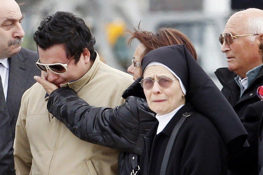 Le frère et la soeur (2e et 3e... (Photo Giampiero Sposito, Reuters)