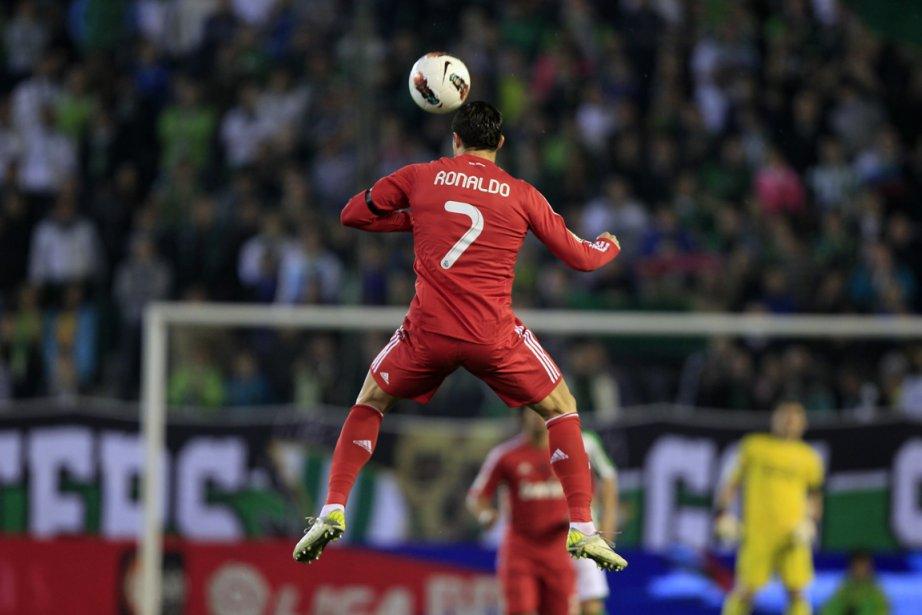 Cristiano  Ronaldo a marqué deux buts et... (Photo : Marcelo del Pozo, Reuters)