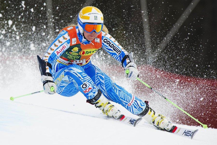 Anja Paerson a été la première skieuse de... (Photo: AFP)