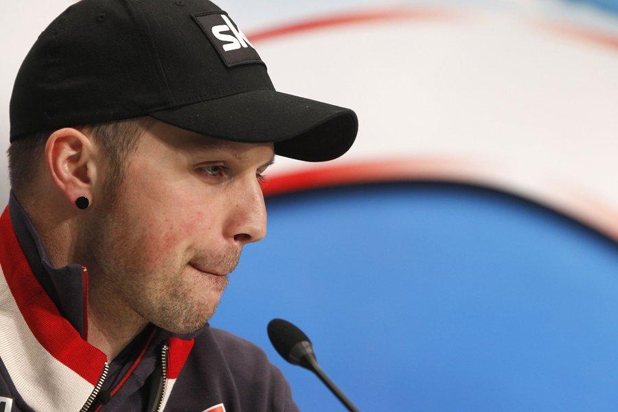 Le skieur autrichien Mario Scheiber est monté sur... (Photo: Reuters)