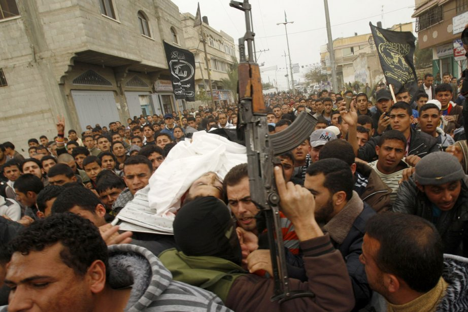 Cinq Palestiniens ont trouvé la mort lundi au... (Photo: Ibraheem Abu Mustafa, Reuters)