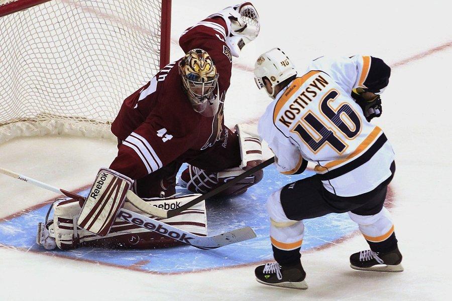 Andrei Kostitsyn a battu le gardien des Coyotes... (Photo: AP)