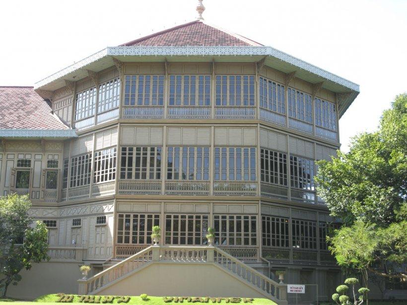 Le palais Vimanmek est le plus grand édifice en teck doré du monde. | 13 mars 2012