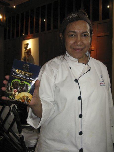 La fondatrice du Blue Elephant, la chef Nooror Somany Steppe, a créé une gamme de produits vendus dans plusieurs pays. | 13 mars 2012