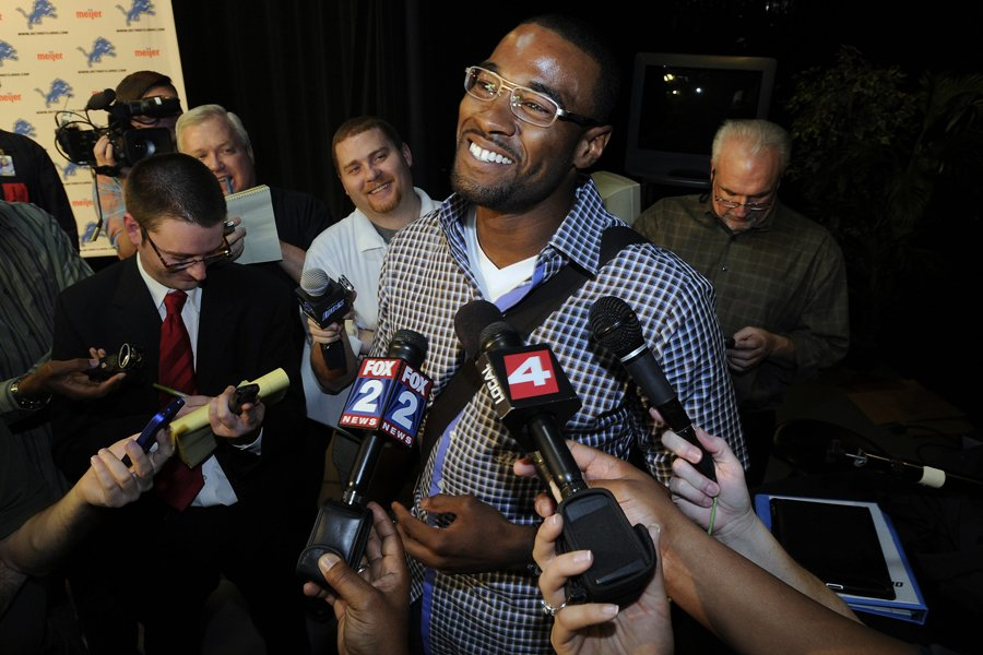 Le receveur de passes Calvin Johnson avait de... (Photo: AP)
